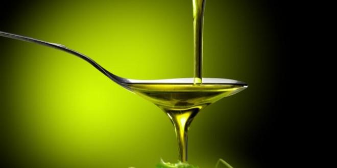 Aiuti comunitari accoppiati solo per produzione certificata di olio