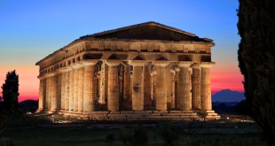 Paestum_night